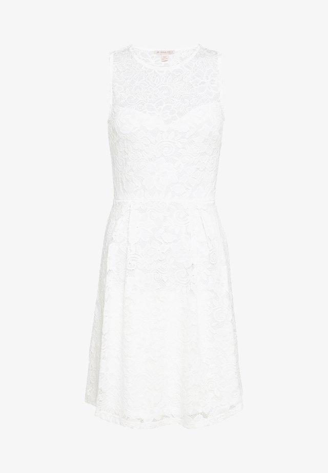 Robe de soirée - white