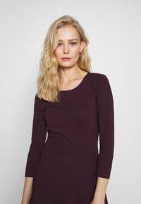 Anna Field - BASIC - Shift dress - winetasting - 4