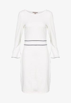 Fodralklänning - white