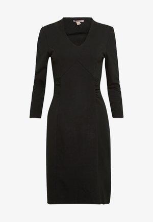 BASIC - Shift dress - black