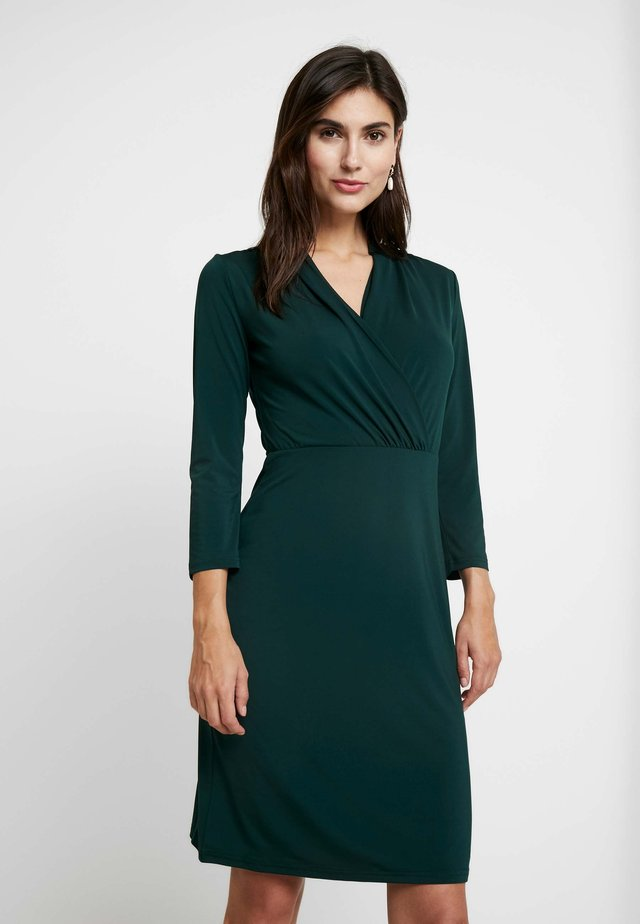 Shift dress - scarab