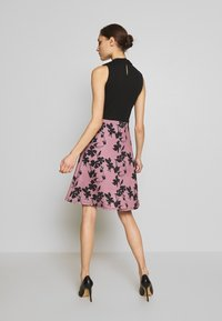 Anna Field - SLEEVELESS SKIRT - Juhlamekko - rose/black - 2
