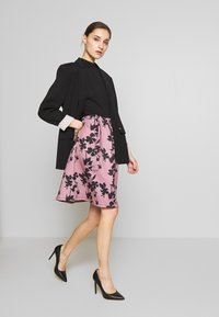 Anna Field - SLEEVELESS SKIRT - Juhlamekko - rose/black - 1