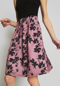 Anna Field - SLEEVELESS SKIRT - Juhlamekko - rose/black - 5