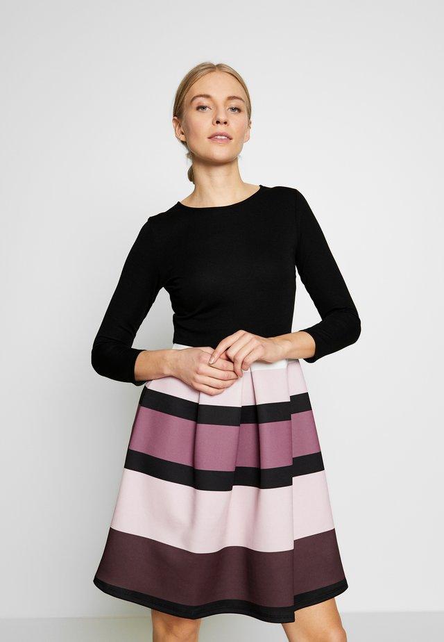 Koktejlové šaty/ šaty na párty - black/rose