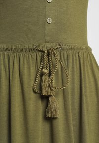 Anna Field - BASIC JERSEYKLEID - Jersey dress - olive night - 2
