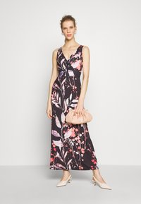Anna Field - MAXI DRESS WITH PRINT - Robe longue - black/rose - 1
