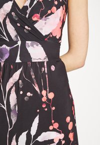 Anna Field - MAXI DRESS WITH PRINT - Maxi dress - black/rose - 6