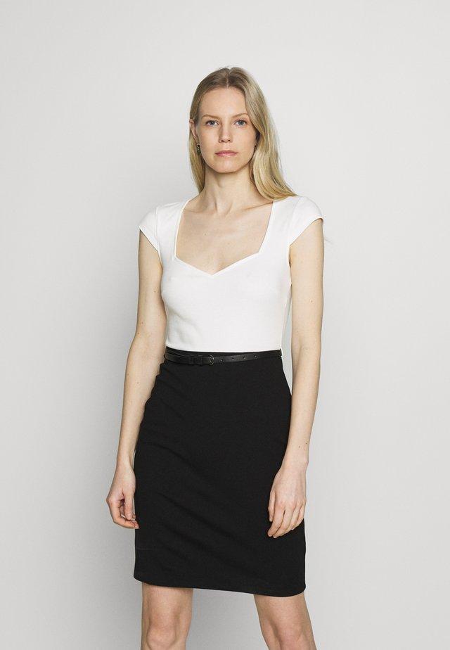 Vestido informal - white/black