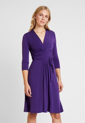 Sukienka letnia - red dahlia