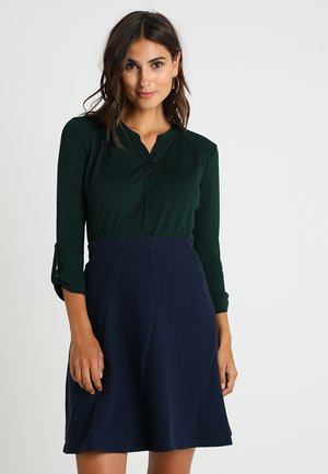 Longsleeve - metallic green
