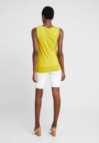 Anna Field - Top - yellow - 2