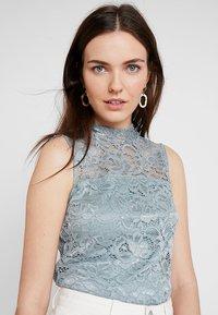 Anna Field - Topper - silver blue - 4