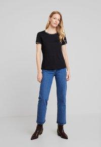 Anna Field - T-shirt imprimé - black - 1