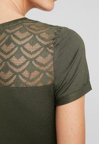 Anna Field - T-shirt con stampa - deep depths - 5