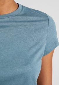Anna Field - Camiseta estampada - goblinblue - 4