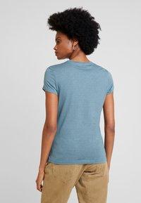 Anna Field - Camiseta estampada - goblinblue - 2