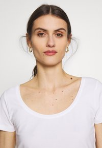 Anna Field - 3 PACK - T-shirt basic - white/navy/light grey melange - 6