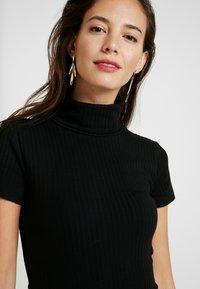 Anna Field - BASIC - T-shirt z nadrukiem - black - 4