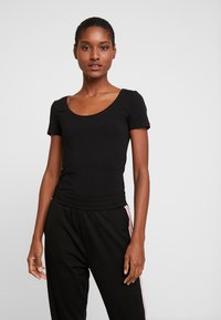 Anna Field - 2 PACK  - T-shirt basic - black/white - 2