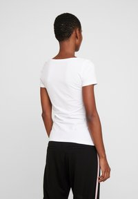 Anna Field - 2 PACK  - T-shirt basic - black/white - 3