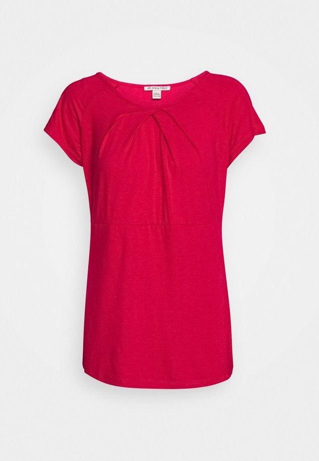 Basic T-shirt - persian red