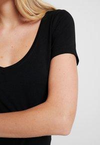 Anna Field - 2 PACK - T-shirts - black - 5