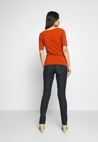 Anna Field - T-shirt basic - potters clay - 2