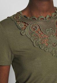 Anna Field - T-shirt print - olive night - 4