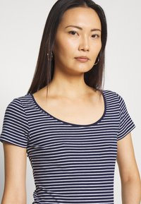 Anna Field - 2 PACK - T-shirts med print - navy/white - 4