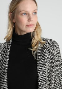 Anna Field - Strickjacke - black/off white - 3