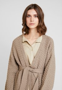 Anna Field - Cardigan - taupe - 3