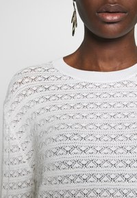 Anna Field - SUSTAINABLE OPENWORK JUMPER  - Strikkegenser - white - 4