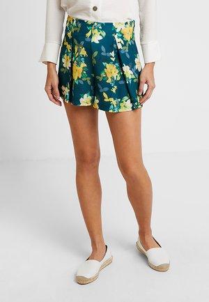 Shorts - yellow/green
