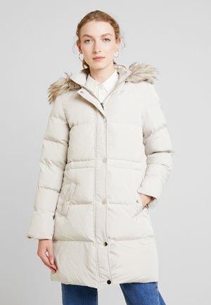 Zimní kabát - oyster white
