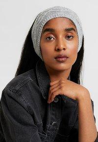 Anna Field - 2 PACK - Ear warmers - black/grey - 1