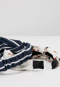 Anna Field - SET HEADBAND - Příslušenství kvlasovému stylingu - white - 5