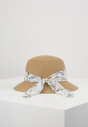 Chapeau - tan