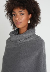 Anna Field - Poncho - grey/silver - 3