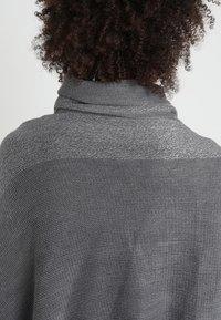 Anna Field - Poncho - grey/silver - 4