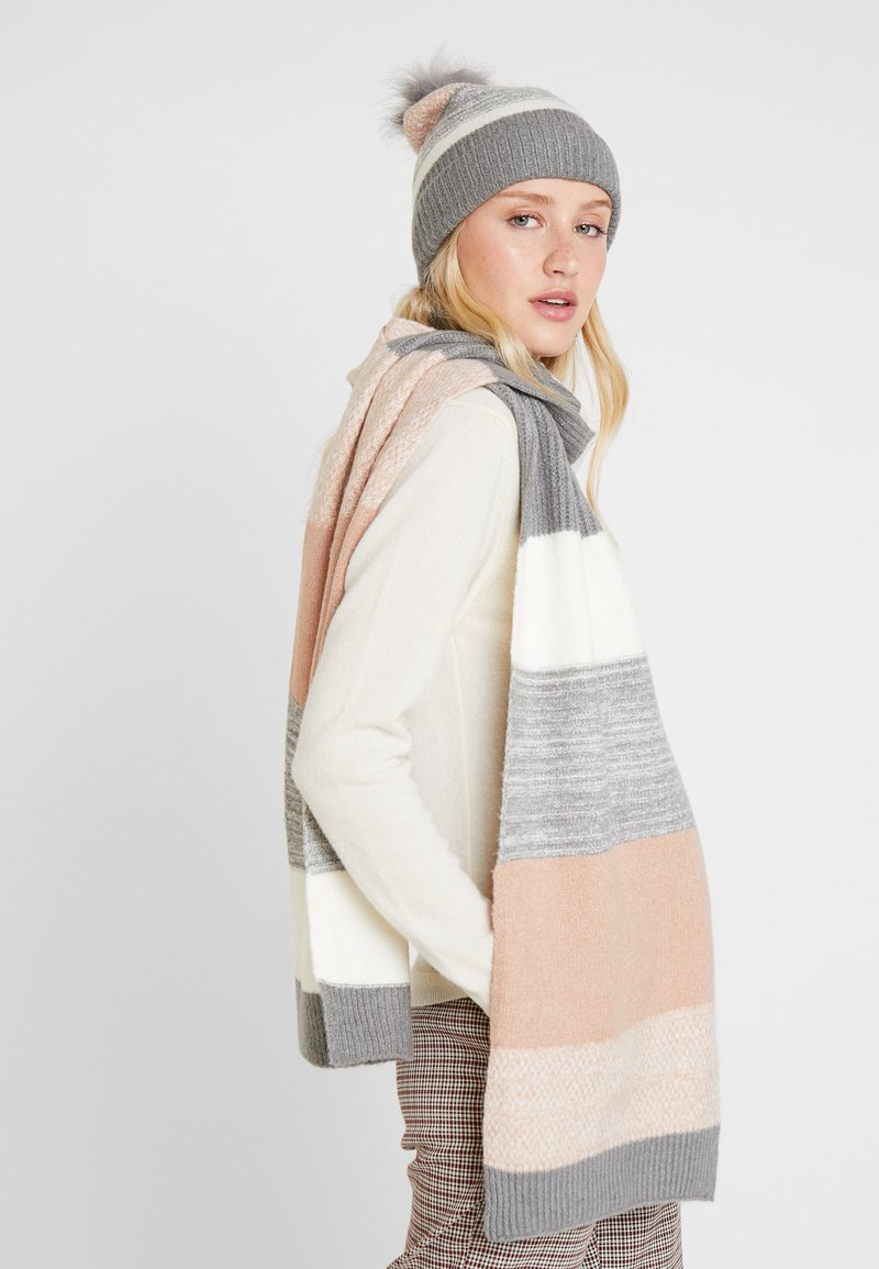 Anna Field - SET - Scarf - off-white