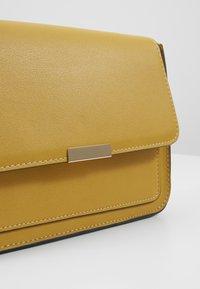 Anna Field - Across body bag - yellow - 4
