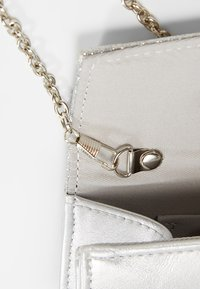 Anna Field - Clutches - silver - 6