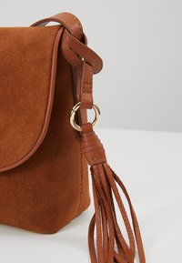 Anna Field - LEATHER - Torba na ramię - cognac - 6