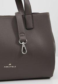Anna Field - Across body bag - dark gray - 6