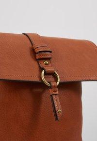 Anna Field - Across body bag - cognac - 6