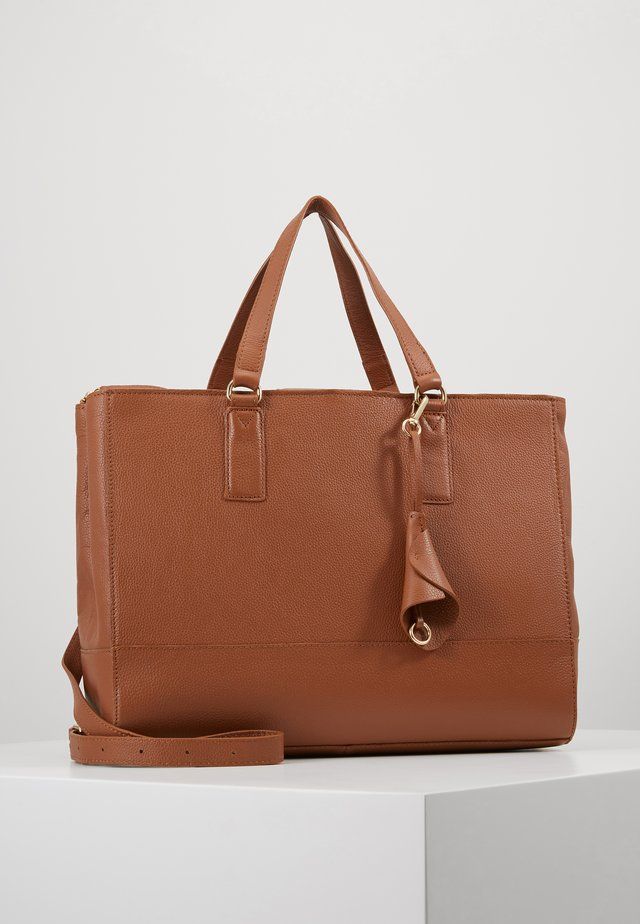 LEATHER - Computertasker - cognac