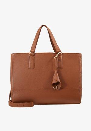LEATHER - Taška na laptop - cognac