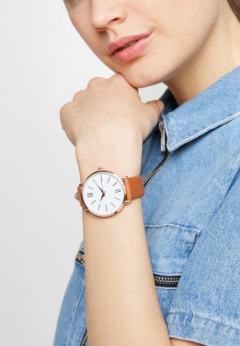 Anna Field - Watch - cognac