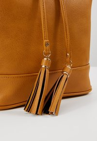 Anna Field - Rucksack - dark yellow - 6